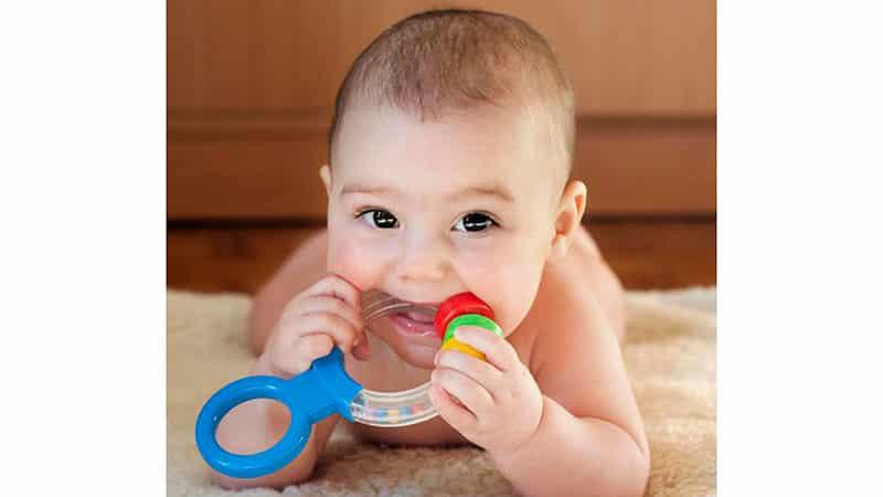 Режутся зубки у детей