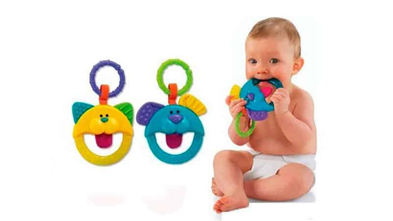 В какое время у детей начинают порезываться зубы