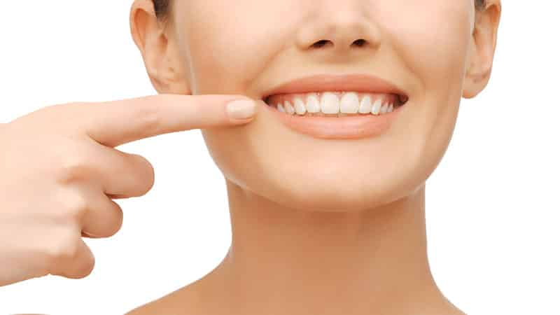 как избавиться от кислого запаха изо рта