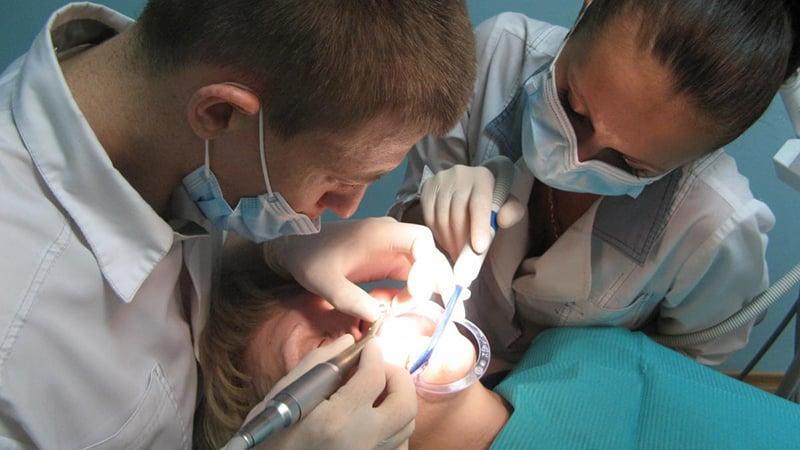 Как проходит восстановление зубов