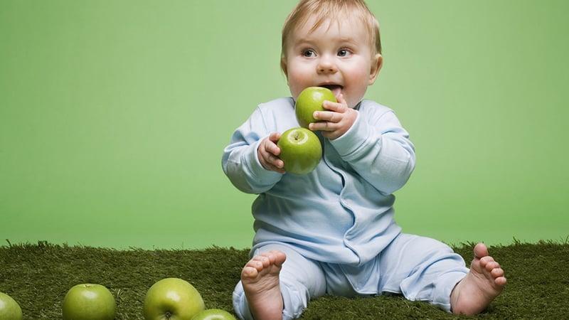 1-2 года причины пахнет изо рта малыша