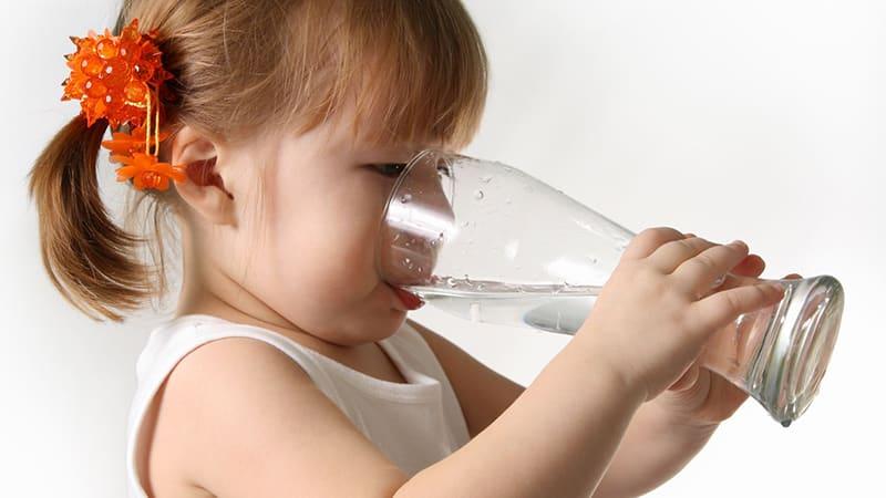 у ребенка появился запах изо рта причины