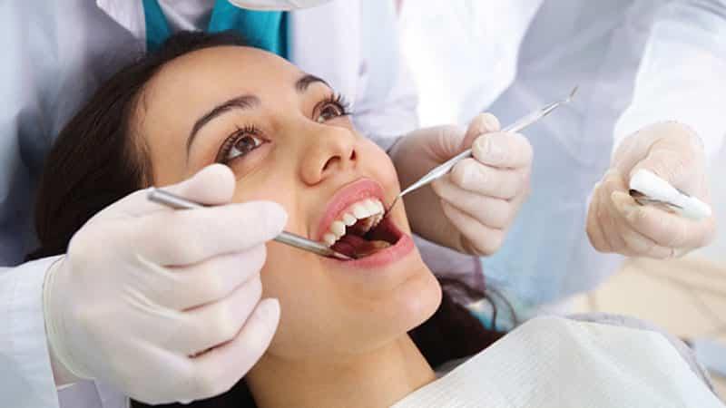 Болят зубы и десны - что делать?