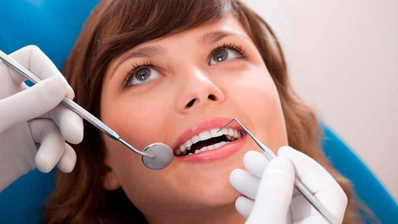 Чем снять зубную боль у беременной?