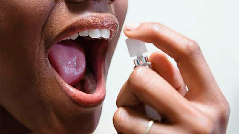 Спрей-освежитель от неприятного запаха изо рта