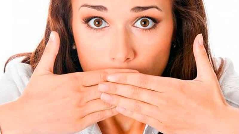 Почему появляется неприятных запах во рту