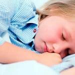 Как вылечить ребенка от скрипа зубами