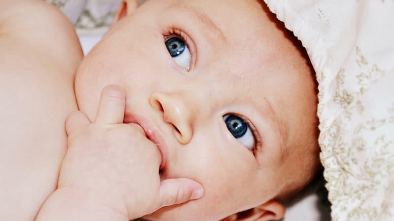 Симптомы прорезывания зубов у грудничков