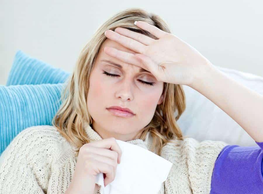 удалили нерв поставили пломбу а зуб болит при надавливании