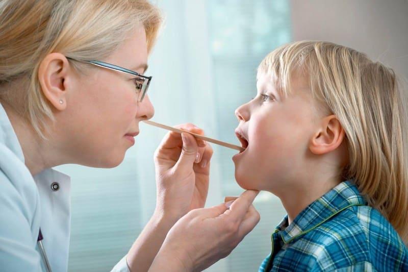 чем лечить стоматит у ребенка 6 лет