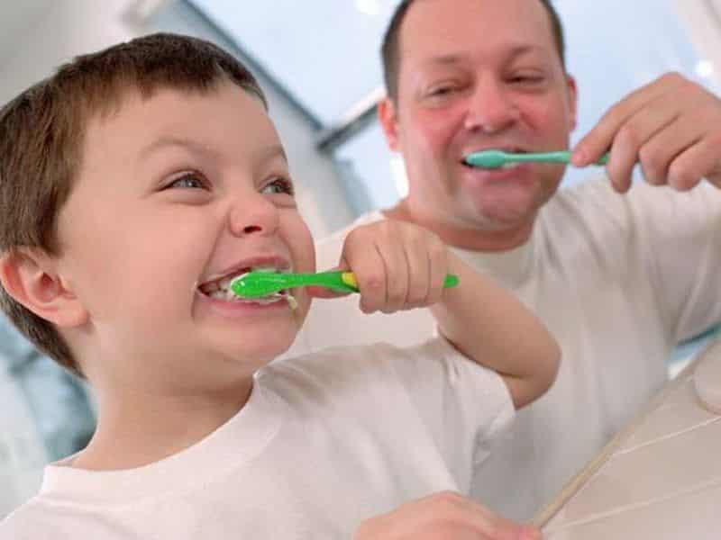 Чем обрабатывать рот при стоматите у детей в домашних условиях 13