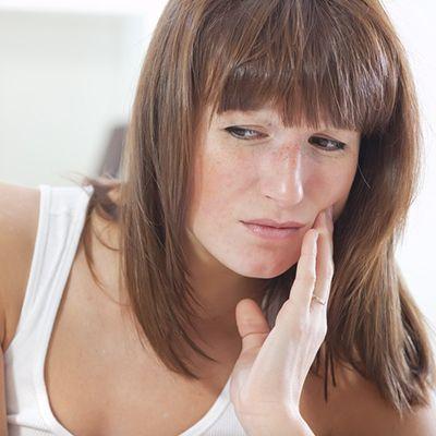 шатается зуб как укрепить что делать если передний