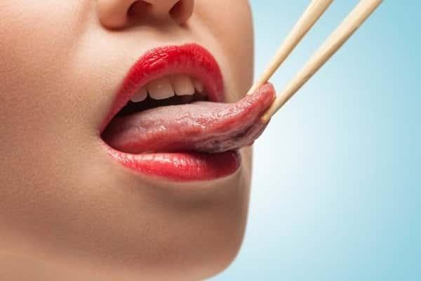 почему печет щипит язык причины