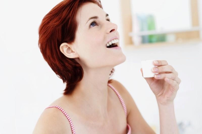 Полоскание полости рта содо-солевым раствором - это то, что помогает при зубной боли