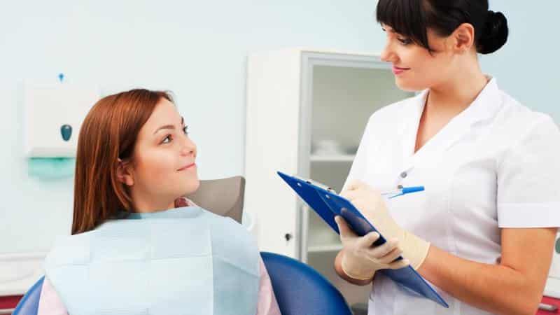 Можно ли выдирать зубы во время беременности