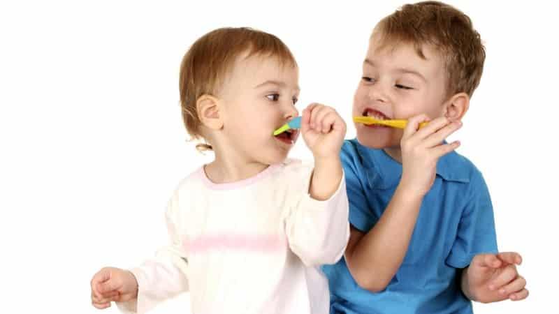 черные зубы у детей фото причины
