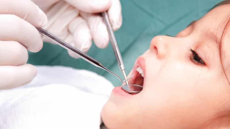 на сколько для чего ставят мышьяк в зуб зачем нужен что делать болит зуб под мышьяком