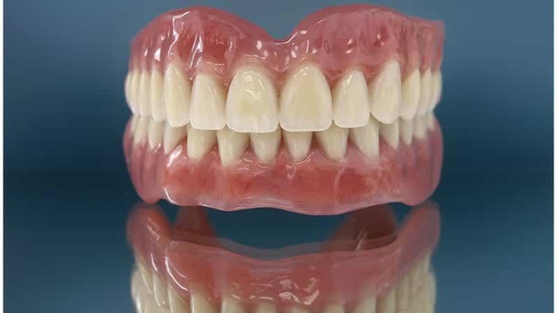 какие съемные зубные протезы лучше