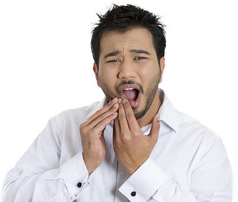 Можно ли курить после удаления зуба мудрости и других зубов и через сколько