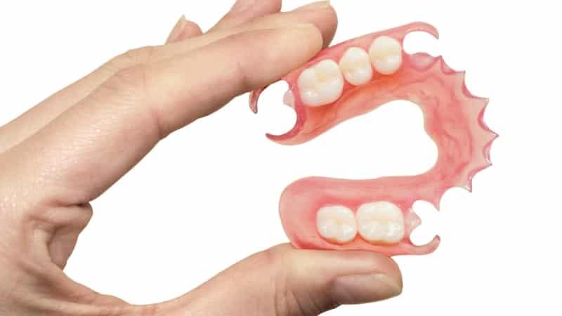 современные методы протезирования зубов при большом их отсутствии