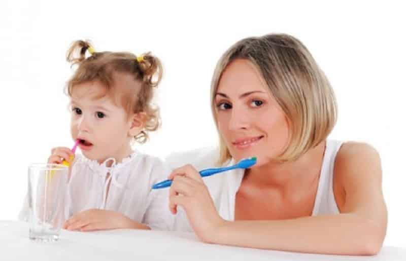 как передается стоматит у детей взрослых