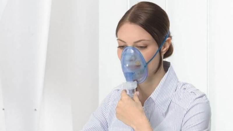 комочки во рту с неприятным запахом