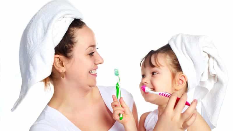 качаються зубы что делать