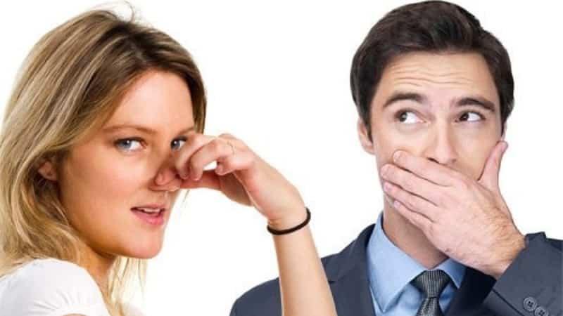 как определить неприятный запах изо рта