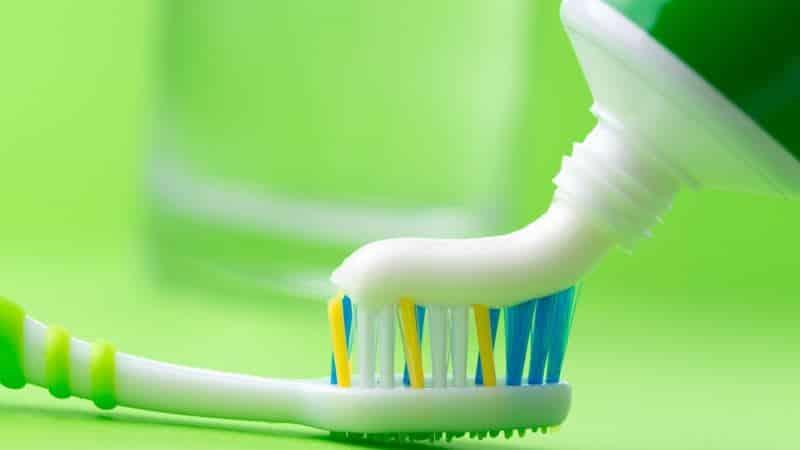 цвет полоски на зубной пасте фото