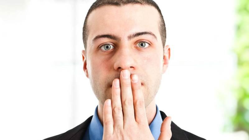 неприятный запах изо рта после удаления зуба мудрости