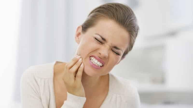 как сделать зубную пломбу в домашних условиях