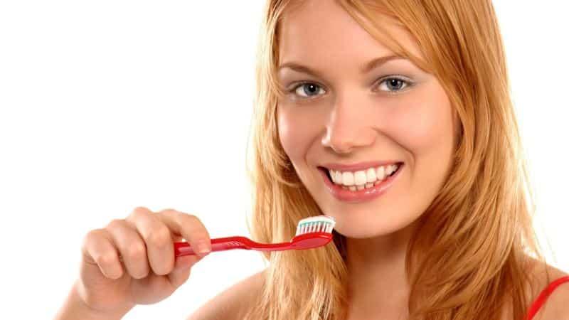 уход за съемными протезами зубов