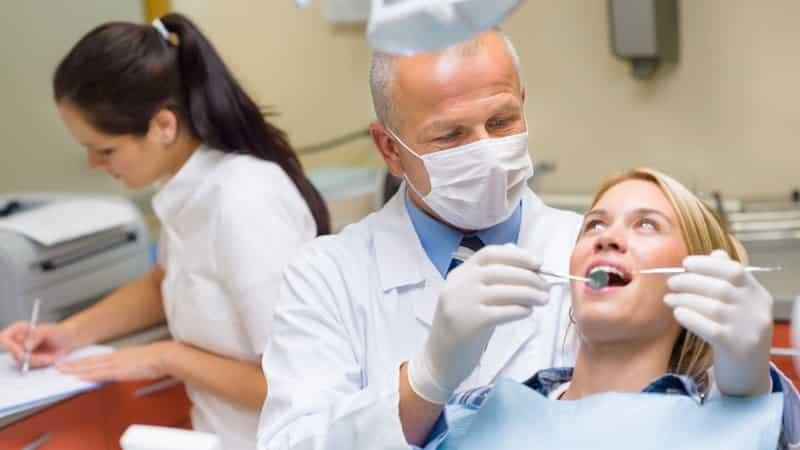 больно глотать после удаления зуба