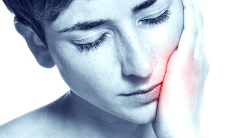 почему зубы болят ночью