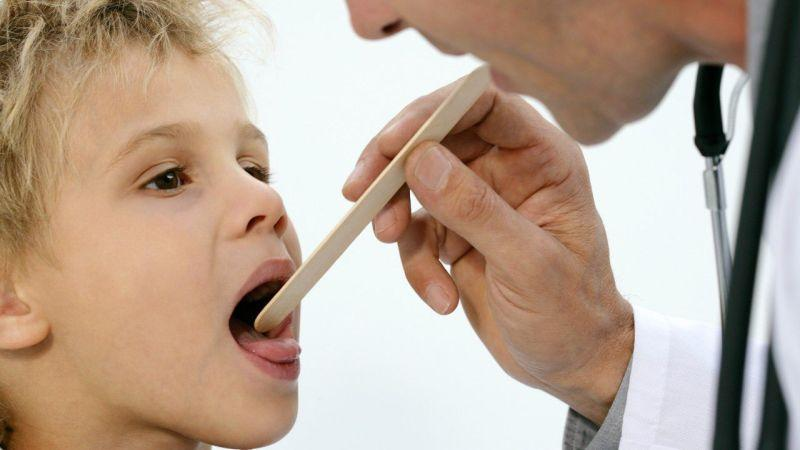 запах изо рта заболевании желудка