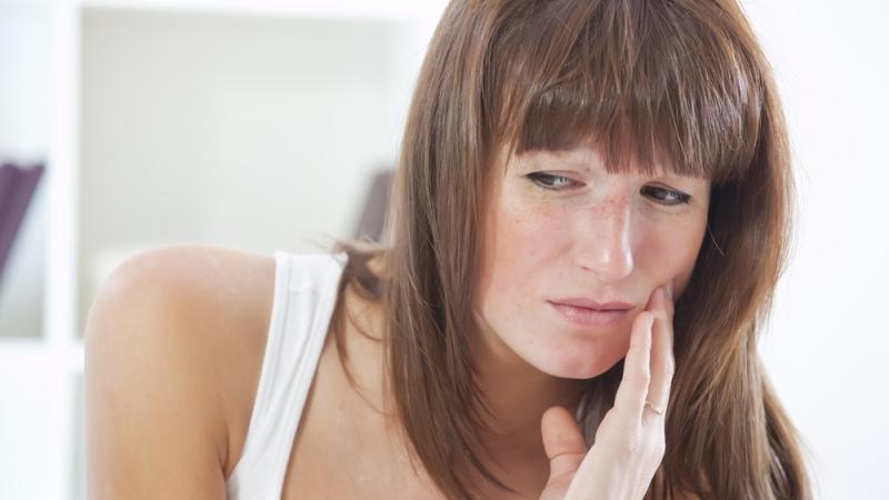 первая помощь при зубной боли в домашних условиях