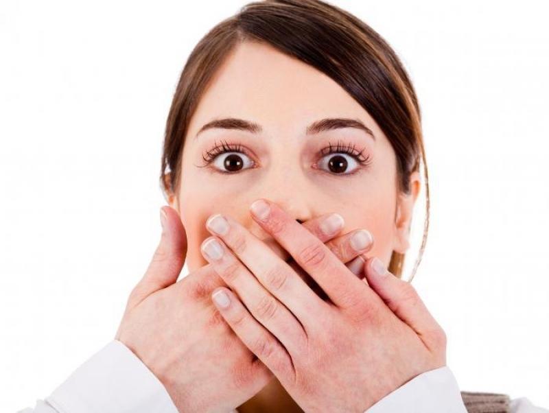 Как лечить ребенку горло если он не умеет полоскать