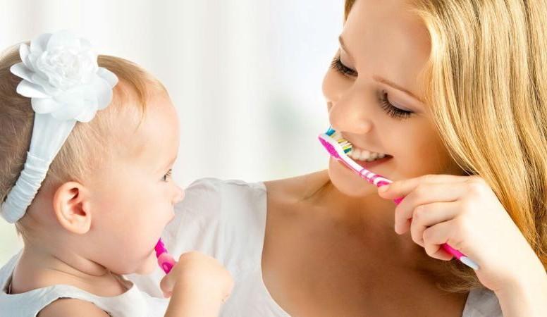 силиконовая зубная щетка