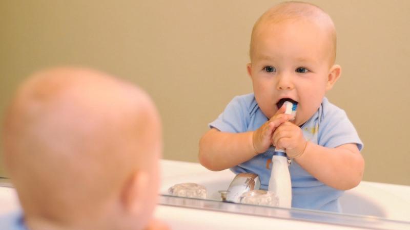 зубная щетка для детей до года