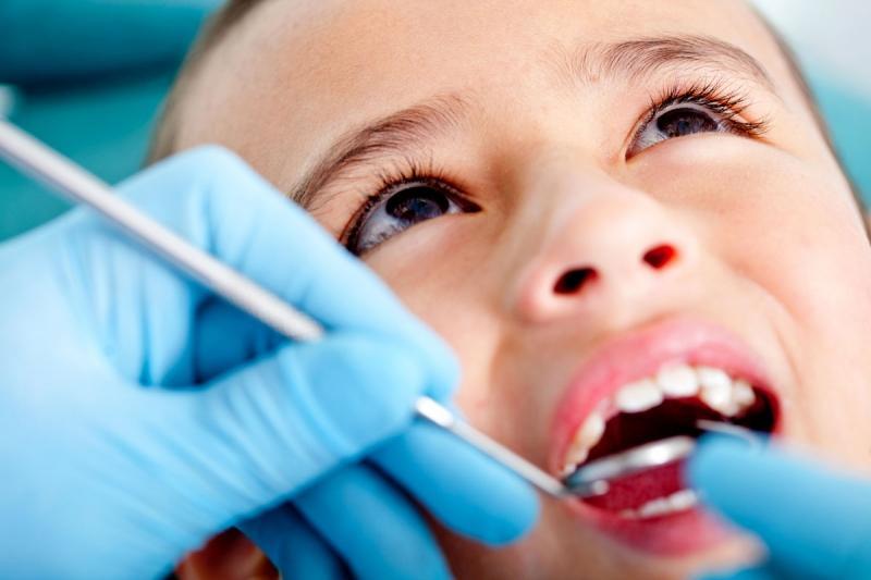 удалить зуб бесплатно в москве круглосуточно