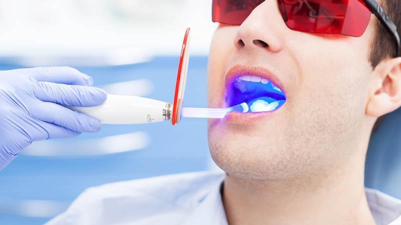 Насколько эффективно лазерное лечение зубов